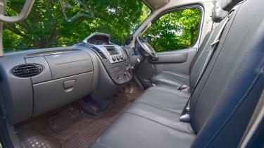 LDV V80 - seats