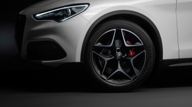 Alfa Romeo Stelvio Ti - wheel