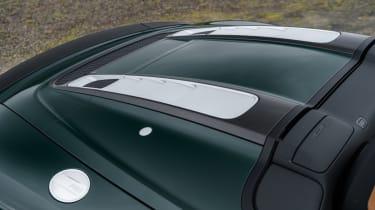 Audi R8 Spyder V10 plus - engine cover