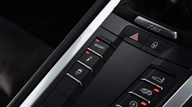Porsche 718 Cayman - centre console