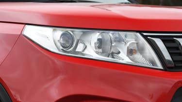 Suzuki Vitara - headlight