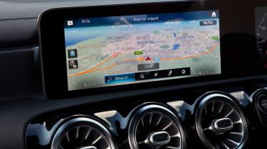 Mercedes CLA 250 AMG Line - navigation