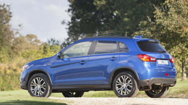 Mitsubishi ASX MY2016 - side