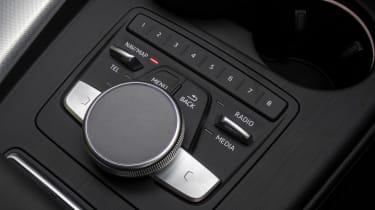 Audi A5 Coupe 2.0 TDI - MMI controls