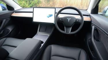Tesla Model 3 Long Range - cabin