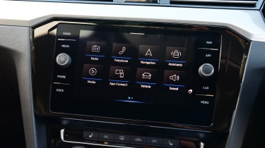 Volkswagen Passat infotainment