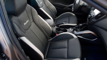 Hyundai Veloster Turbo seats