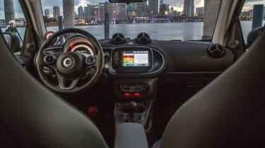 Smart ForTwo EV - dash