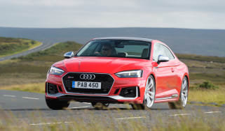 Audi RS5 - front action