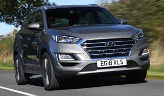 Hyundai Tucson 48v - front tracking