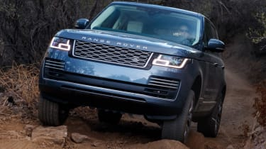 New Range Rover PHEV 2017 review - rough terrain