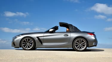 BMW Z4 - roof closing