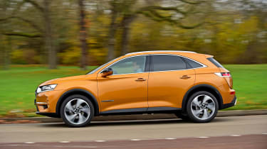 DS 7 Crossback - side