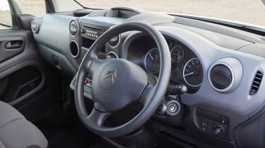Citroen Berlingo Electric L2  - dash