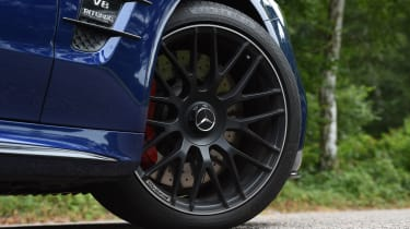 Mercedes-AMG SL 63 2016 - wheel