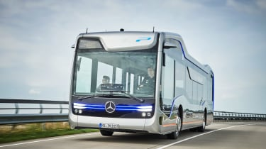 Mercedes-Benz Future Bus - front three quarter