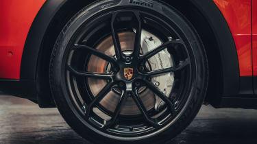 Porsche Cayenne Coupe - wheel