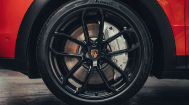 Porsche Cayenne Coupe - wheel