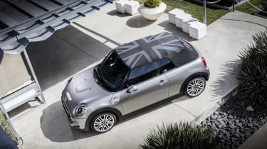 MINI Open 150 Convertible - roof closed