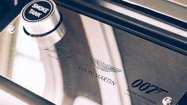 Aston Martin DB5 replica No Time To Die