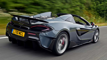 McLaren 600LT Spider - rear tracking