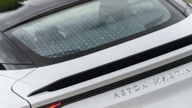 Aston Martin DBS Superleggera - rear windscreen