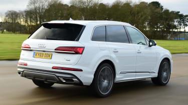 Audi Q7 - rear