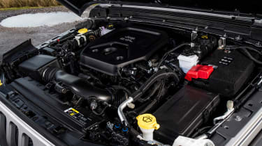 Jeep Wrangler  - engine