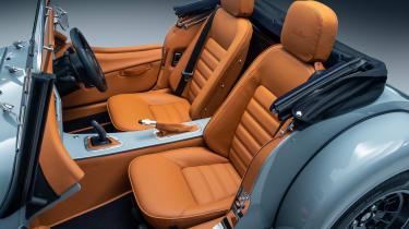 Morgan Plus Four - interior