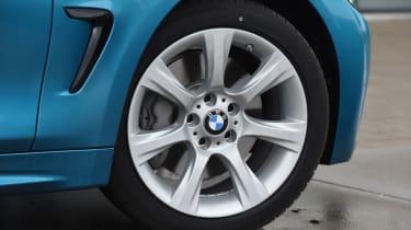 BMW 440i - wheel