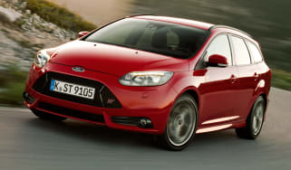 Ford Focus ST Estate front tracking