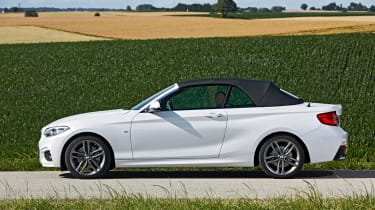 BMW 220d Convertible - roof closed