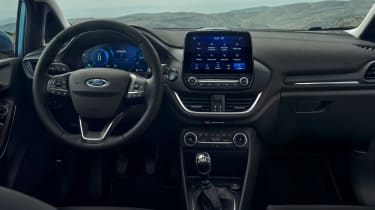 Ford Fiesta facelift - dash