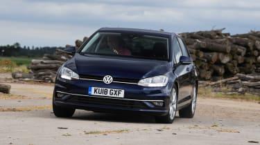 Volkswagen Golf - front action