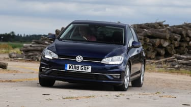 Volkswagen Golf - front action