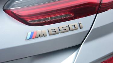 BMW M850i xDrive Gran Coupe - M850i badge