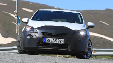 2019 Vauxhall Astra spied - front