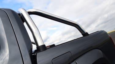 Volkswagen Amarok - roll hoop
