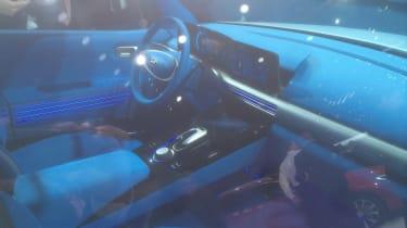 Hyundai FE Fuel Cell Concept show pics cabin