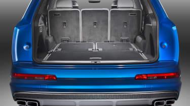 Audi SQ7 blue - boot