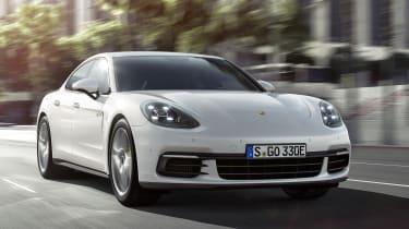 Porsche Panamera 4 E-Hybrid 2016 - front tracking