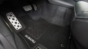Subaru Impreza 2017 - pedals