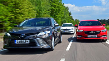 Toyota Camry vs Vauxhall Insignia Grand Sport vs Skoda Superb - header