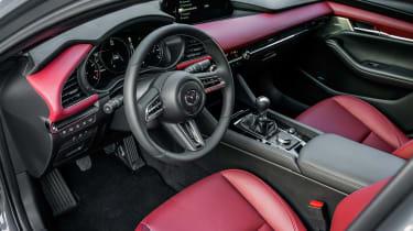 Mazda 3 SkyActiv-X - cabin