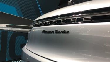 Porsche Macan Turbo - badge Frankfurt