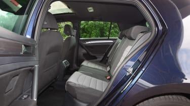 Audi A3 vs Volvo V40 vs Volkswagen Golf - Golf rear seats