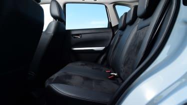Suzuki Vitara - rear seats