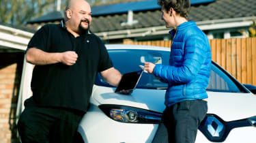 Living with a Tesla Powerwall, Renault ZOE and solar panels conversation