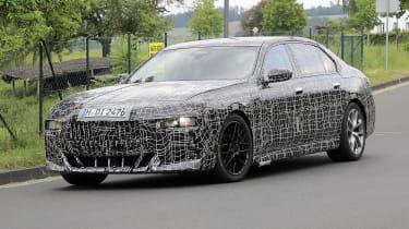 BMW 7 Series - front spy