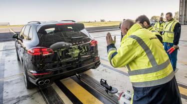 Porsche Cayenne pulls Airbus A380 - reversing